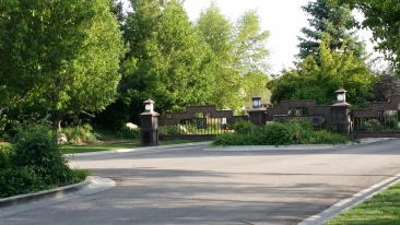 """The gate into our community """"The Reserve"""""""